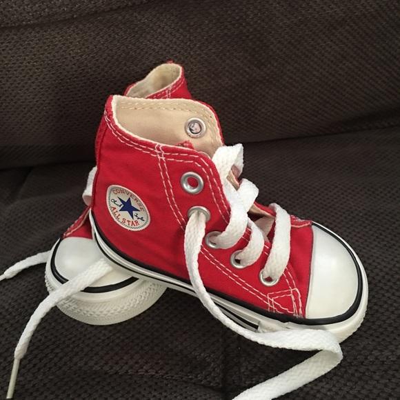 te koop nieuwkomers echte schoenen Converse size 4 (baby)